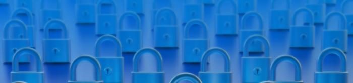 Qual a importância da segurança em camadas na rede corporativa?